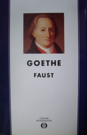 Faust / J.W. Goethe ; introduzione, traduzione con testo a fronte e note a cura di Franco Fortini. 1