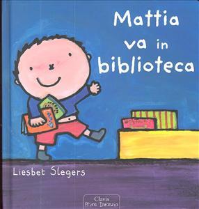 Mattia va in biblioteca